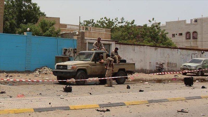 الخارجية اليمنية تدين الهجوم الحوثي على مقر فريق الانتشار الحكومي