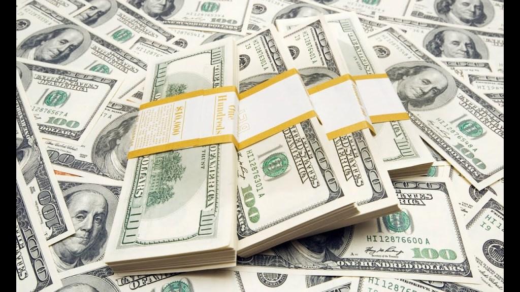 أسباب انخفاض سعر الدولار في مصر مؤخرا