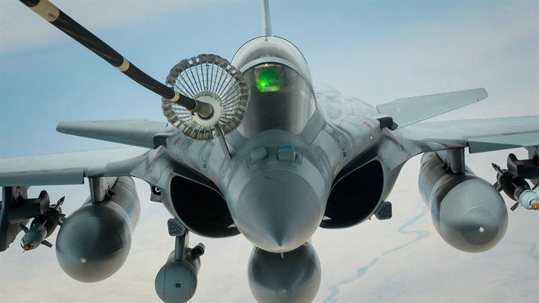 تعرف على أسباب هامة لتزويد الطائرات المصرية المقاتلة بالوقود