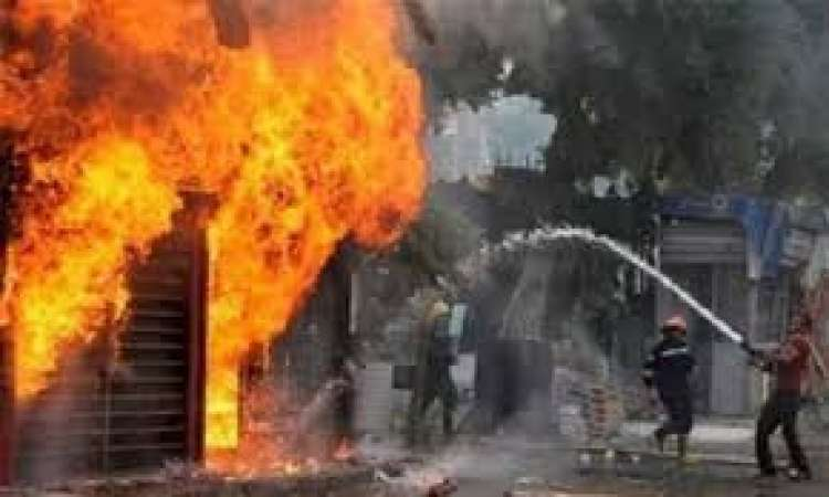 إطفاء حريق في مطعم كبابجي