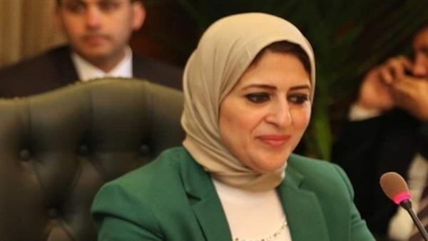 وزيرة الصحة تصرف تعويضات مالية لأسر الحادث