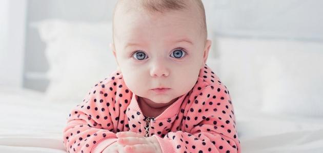 تفسير إنجاب طفل جميل في المنام