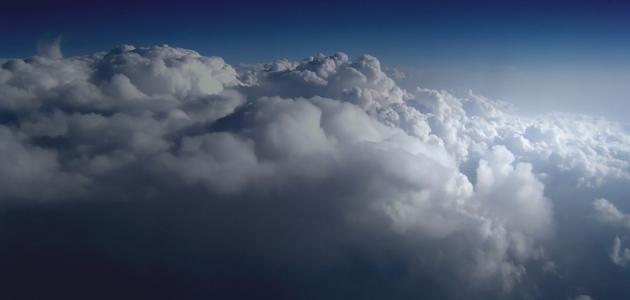 مشاهدة الغيوم والسحاب في المنام وتفسيرها
