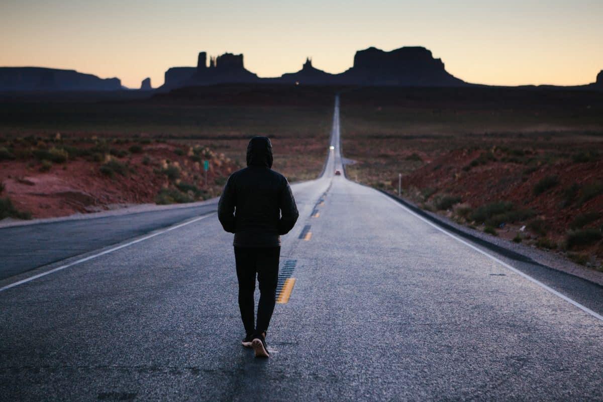 تفسير رؤية عدم القدرة على المشي في المنام