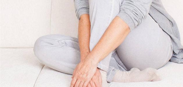 المرأة وظهور الإفرازات الدهنية داخل مهبلها