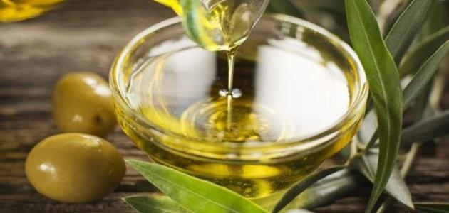تعرف على أهم فوائد زيت الزيتون للشعر والبشرة