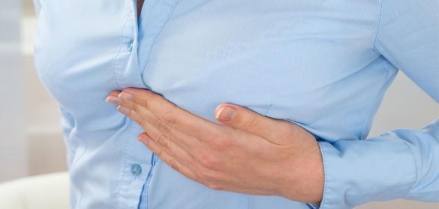 تعرف على الأعراض الجانبية بعد عملية خزع الثدي وسبل الرعاية
