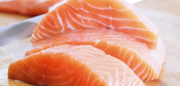 أهم فوائد سمك السلمون لصحة الإنسان