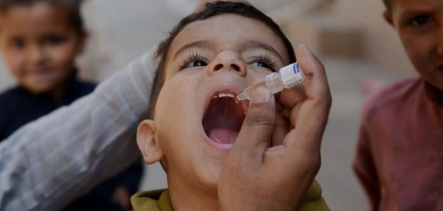 تعرف على أسباب وأعراض شلل الأطفال