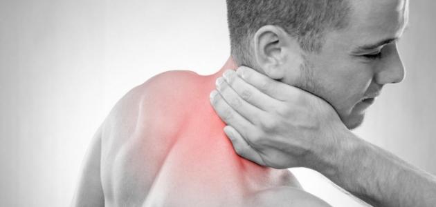 تعرف على التهابات جوف العنق أسبابه وأعراضه
