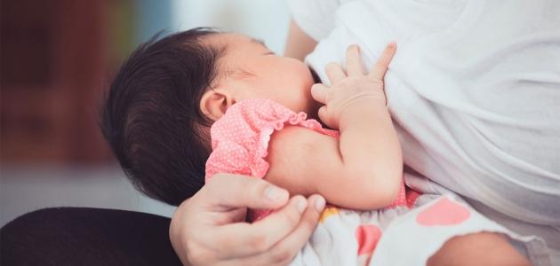 طرق ونصائح لكي تصل بطفلك لرضاعة صحية وطبيعية