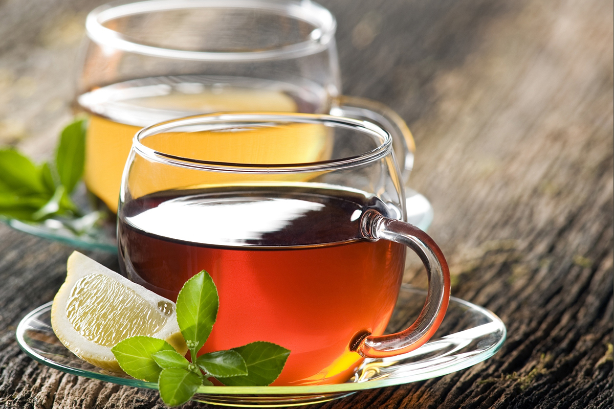 الشاي بالليمون يتخلص من السموم تعرف على فوائده الكثيرة
